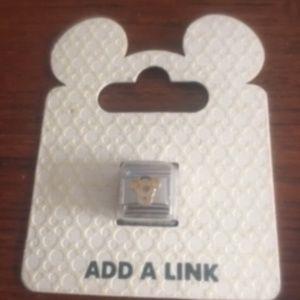Add a Link  Disneyland Resort Tigger Charm (18)